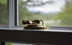 Serrure de fenêtre