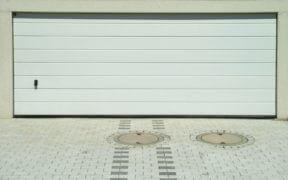 serrure et porte de garage
