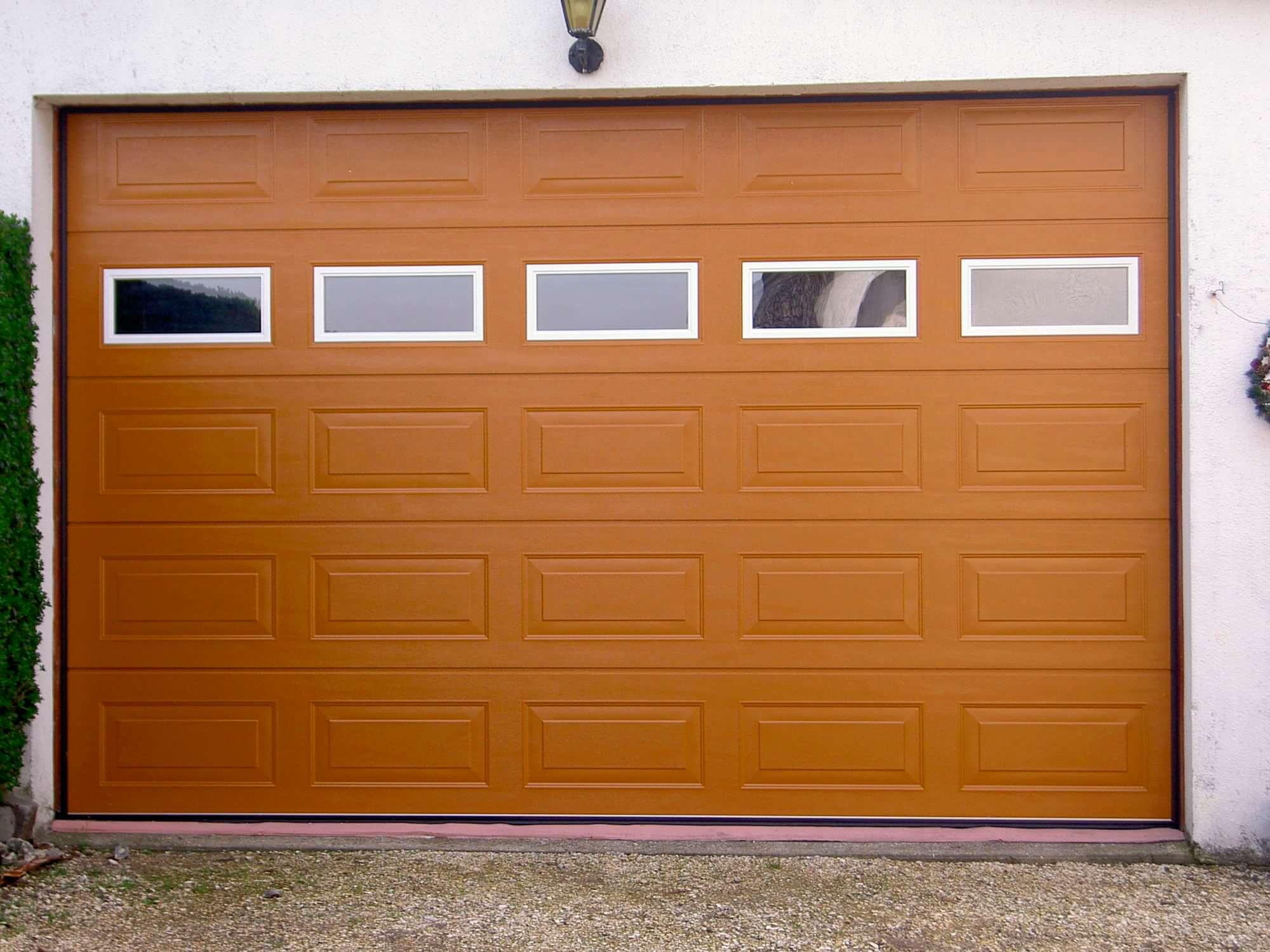 comment choisir une porte de garage electrique